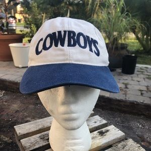 Vintage Nike Dallas Cowboys Spell out Snapback.